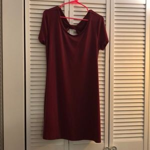 Adorable maroon cocktail dress